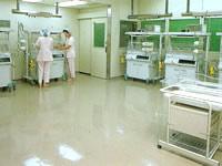 新生児集中治療管理室(NICU)